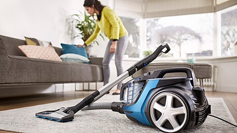 Smart, spotless cleaning for a welcoming home by Philips Floor Care