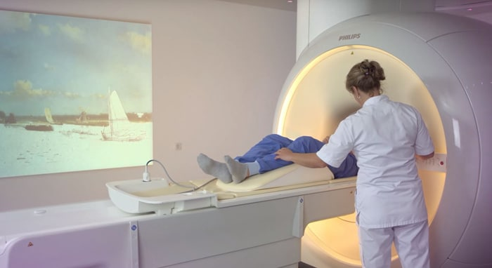 Dutch Masters: Philips improves patient experience with music & art