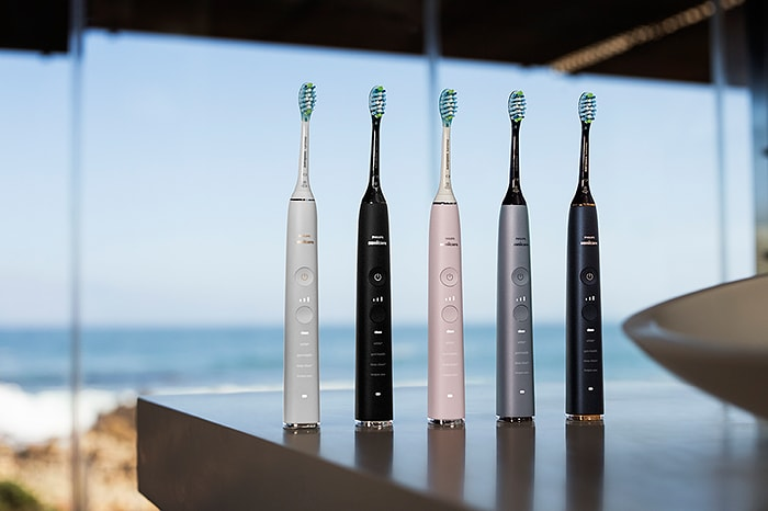 Download image (.jpg) Philips Sonicare DiamondClean Smart Range Product (opens in a new window)