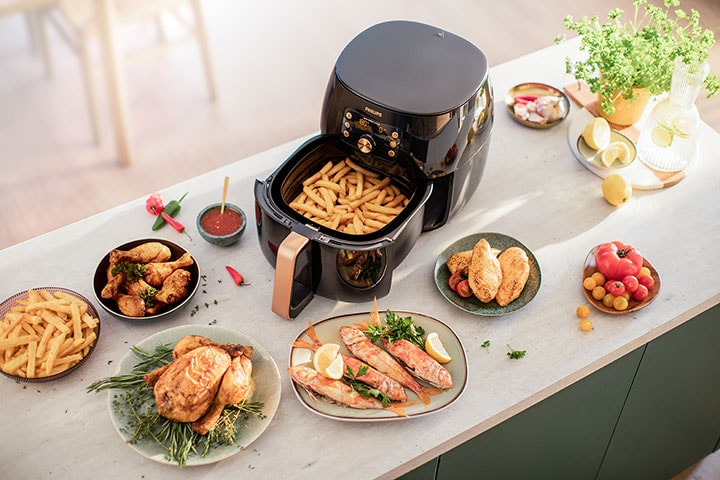 Healthy and tasty homemade food daily with the new Philips Airfryer XXL featuring Smart Sensing technology