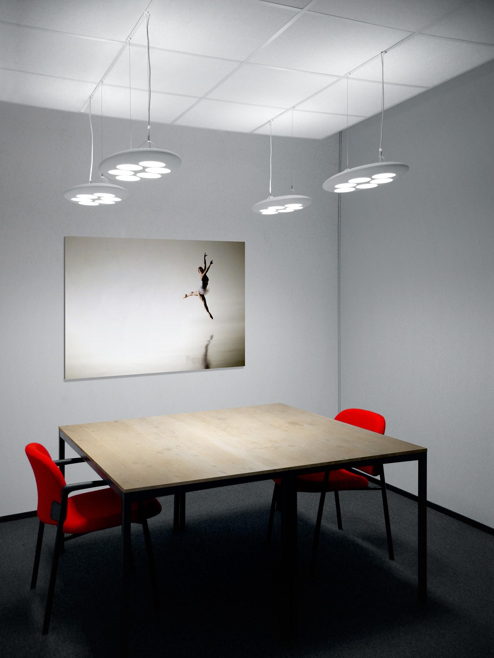 Philips lumistone pendelleuchte inspirierendes licht f r b roarbeitspl tze - Gloeilamp tizio lamp ...