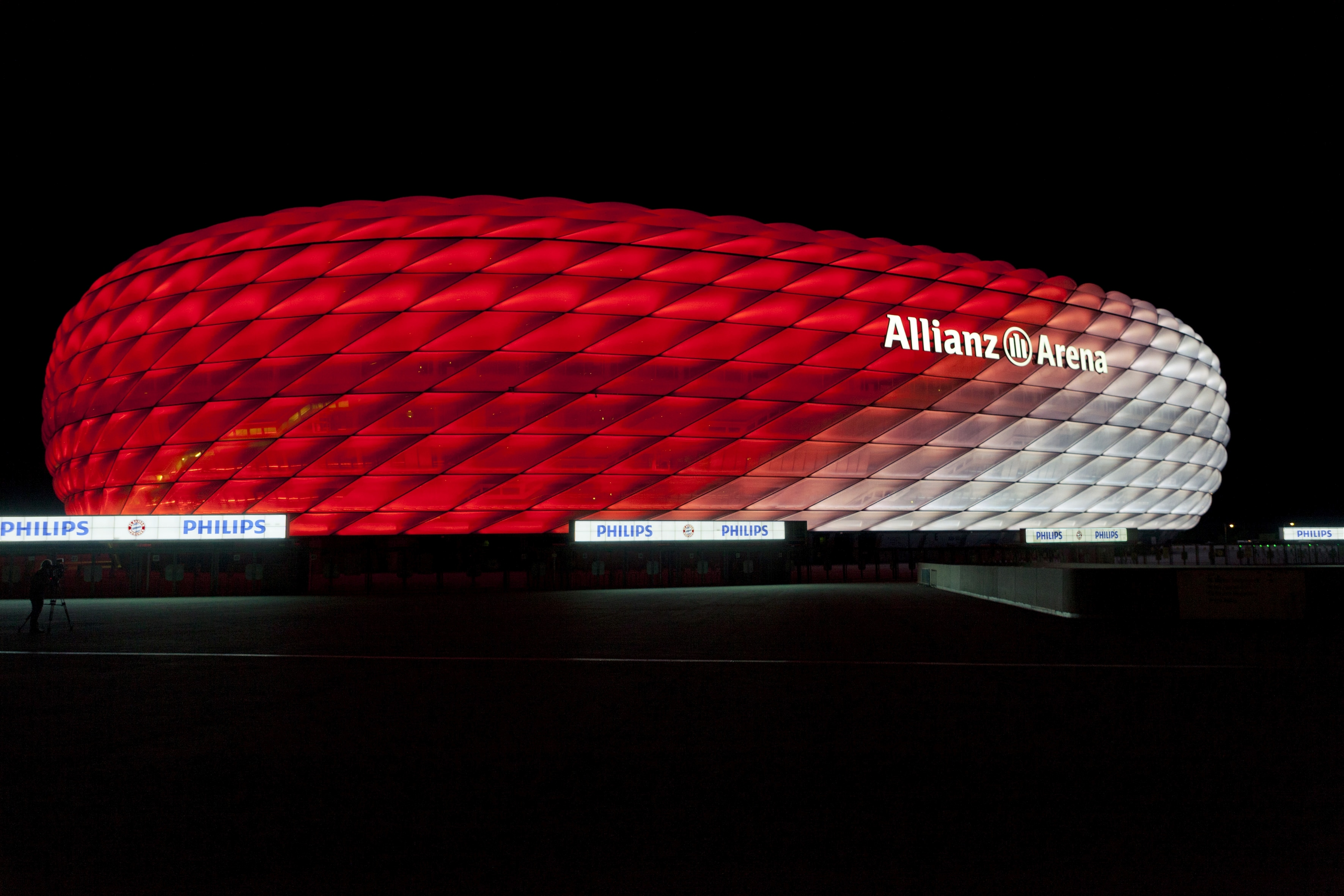Connected Philips LED lighting for the Allianz Arena: FC ...