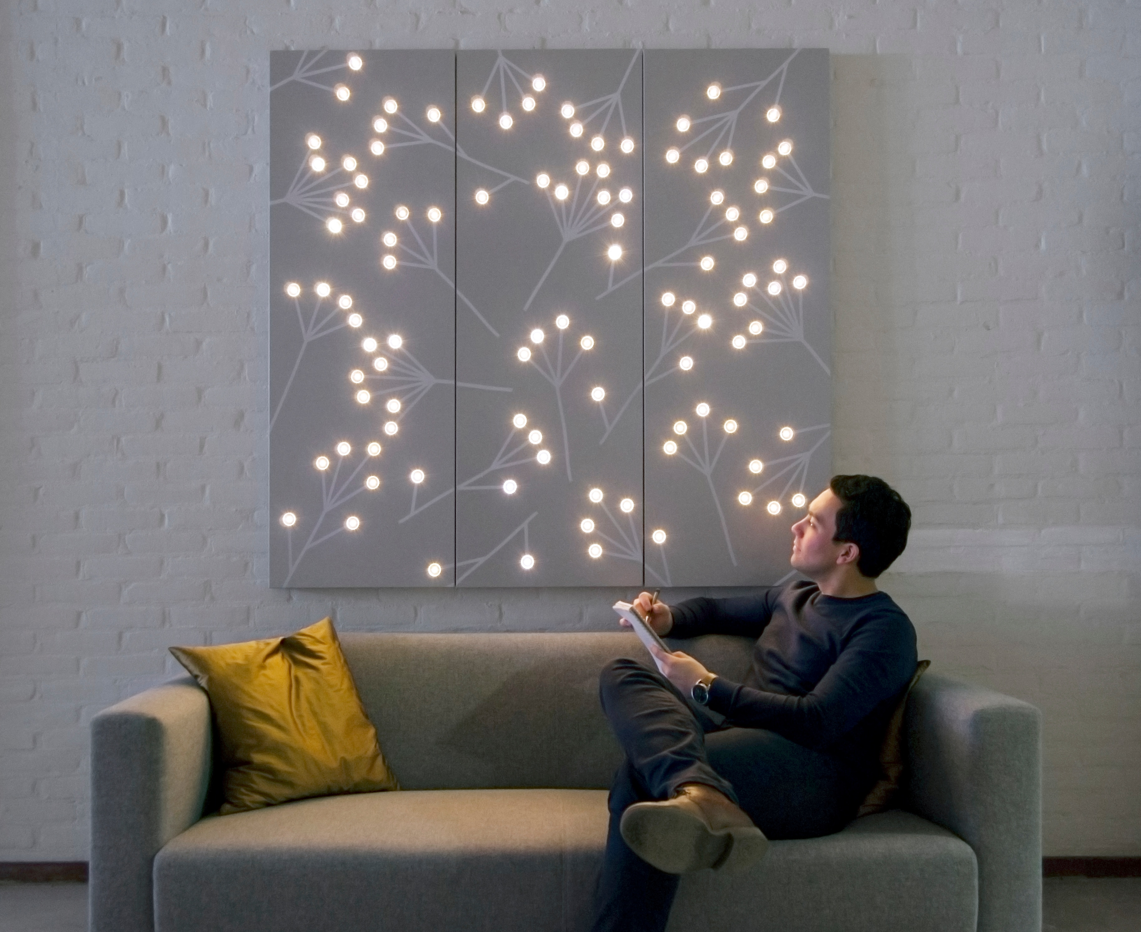 Download hi-res image & Philips makes interior walls shimmer dazzle and delight with new ... azcodes.com