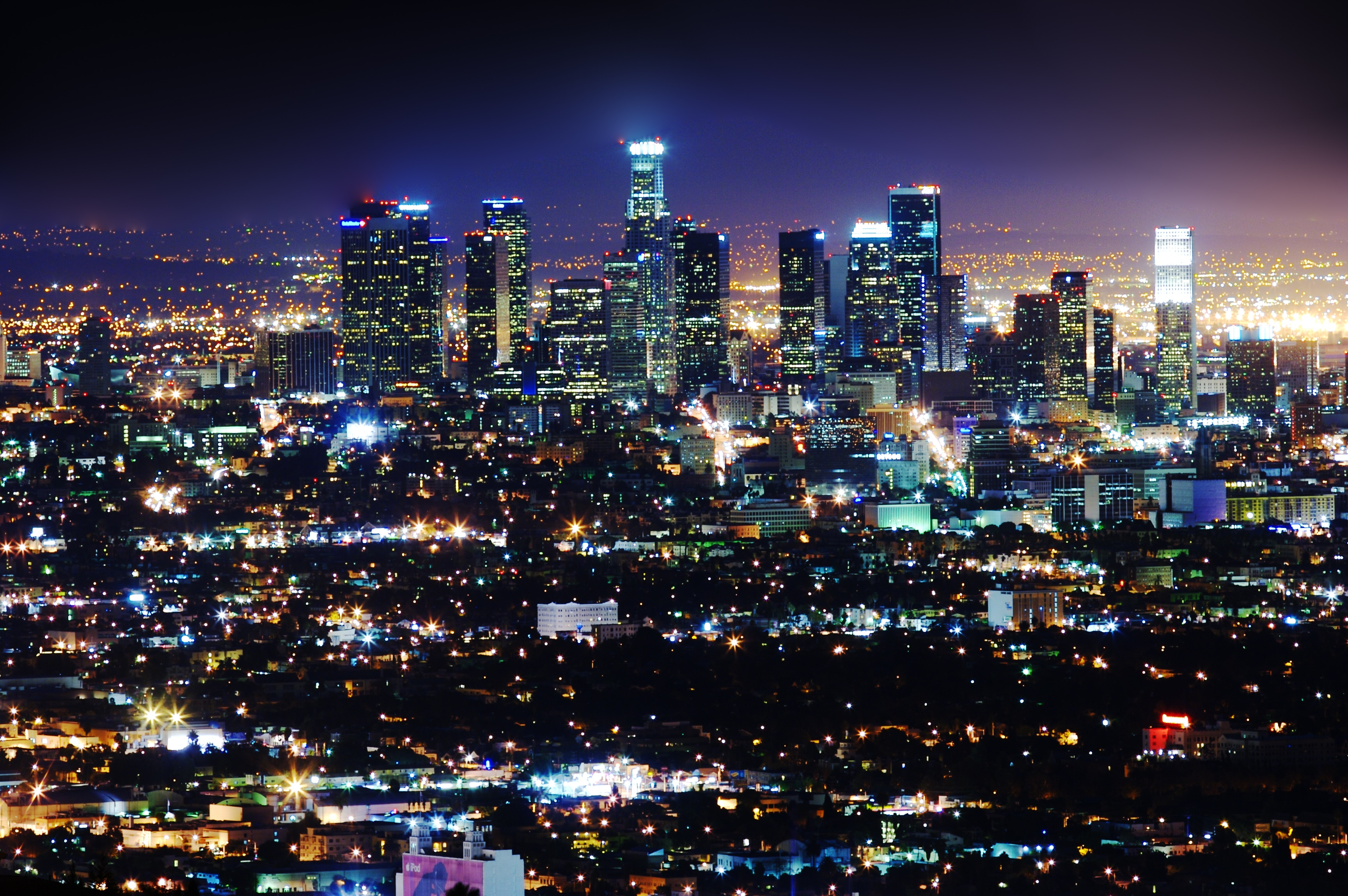 Los Angeles & Los Angeles becomes first city in the world to control its street ...